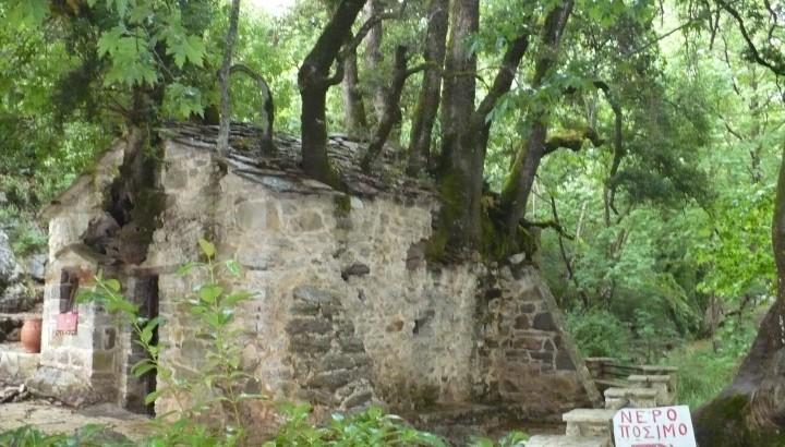 Archaeological Sites - Αγία Θεοδώρα της Βάστας-εκκλησάκι